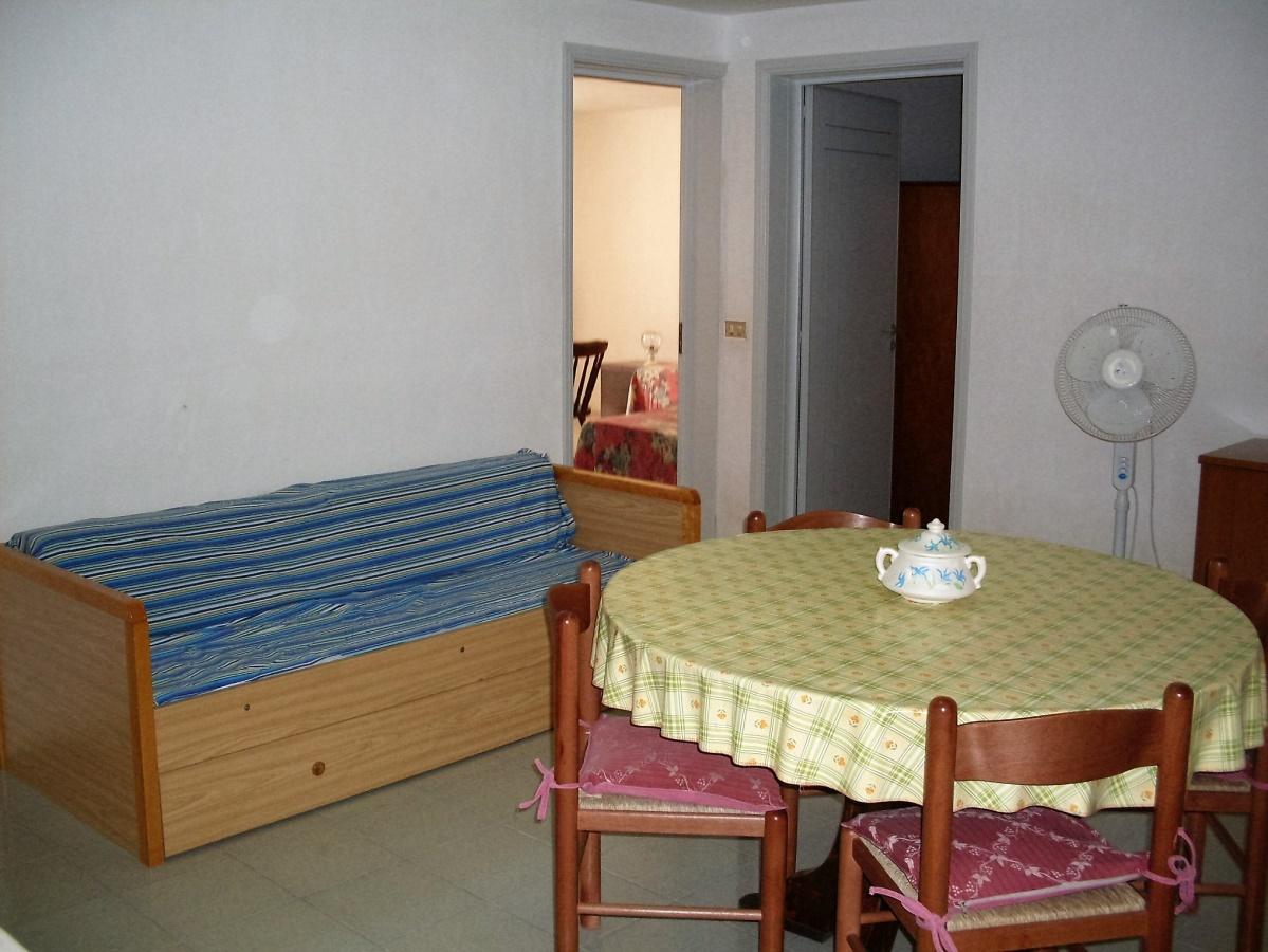 Casa vacanza taviano case vacanza casa vacanza in for Piano casa casa di sciopero seminterrato