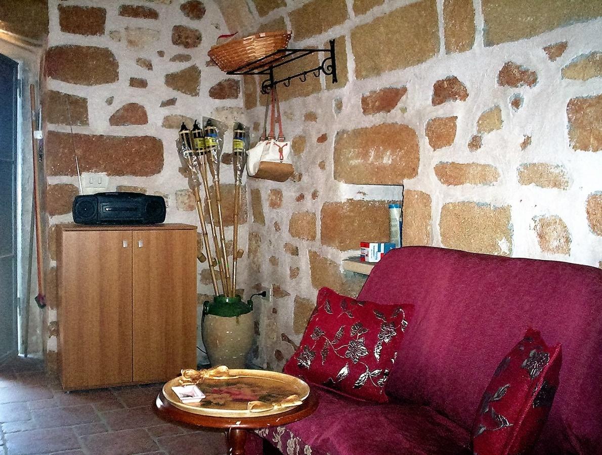 Ferienhaus Casa vacanze a Castrignano del Capo nel Salento in tipica costruzione Salentina a pochi km (2203937), Castrignano del Capo, Lecce, Apulien, Italien, Bild 3
