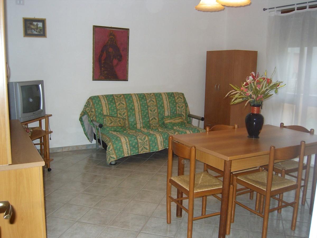 Casa vacanza otranto case vacanza casa vacanza ad for Generatore di piano casa