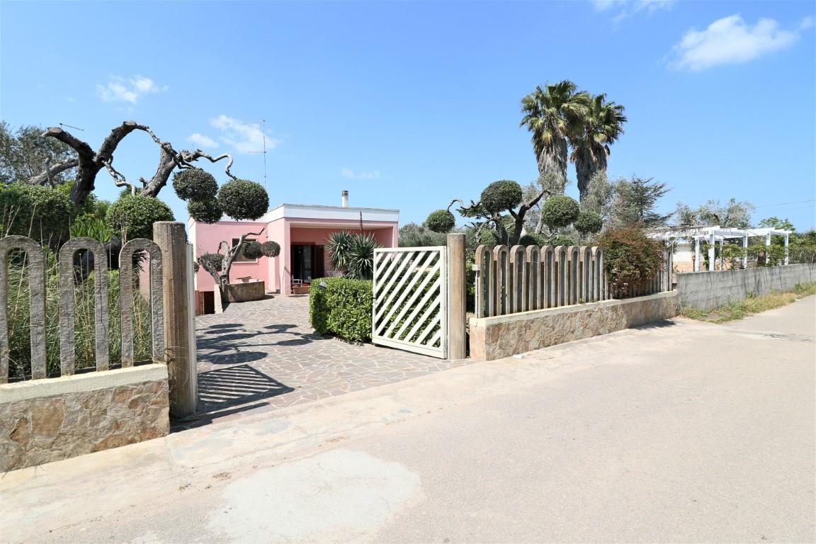 Casa vacanza melendugno case vacanza monolocale in for Monolocale affitto bergamo e provincia